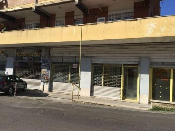 Negozio / Locale in affitto a Velletri, 9999 locali, prezzo € 1.200   Cambio Casa.it