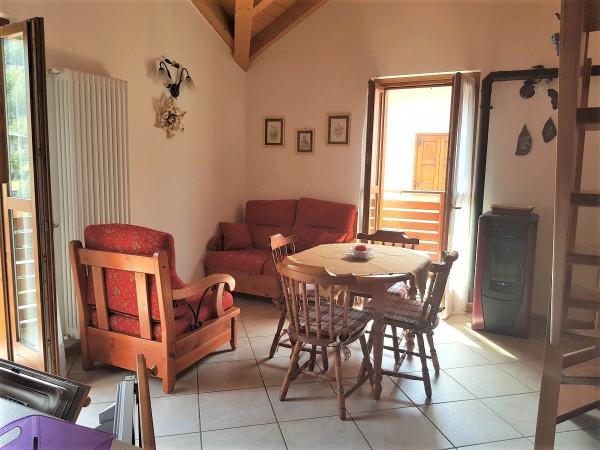 Attico / Mansarda in vendita a Caspoggio, 3 locali, prezzo € 189.000   Cambio Casa.it