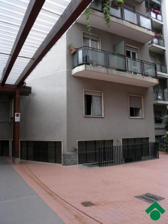 Bilocale Milano Via Benigno Crespi, 13 3