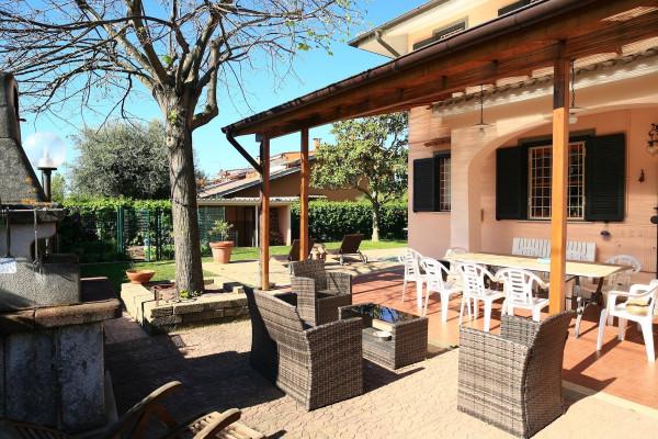 Villa in vendita a Ladispoli, 6 locali, Trattative riservate | Cambio Casa.it