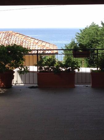 Villa in vendita a Agropoli, 6 locali, prezzo € 860.000 | CambioCasa.it
