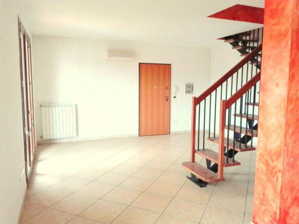 Attico / Mansarda in vendita a Quarrata, 3 locali, prezzo € 220.000   Cambio Casa.it