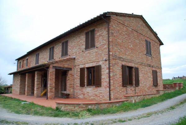 Appartamento in Vendita a Castiglione Del Lago: 5 locali, 170 mq