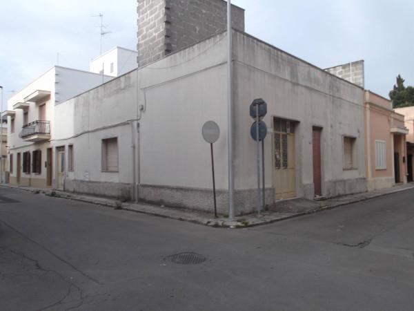 Appartamento in vendita a Leverano, 5 locali, prezzo € 75.000 | Cambio Casa.it