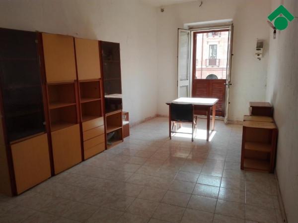 Bilocale Cagliari Corso Vittorio Emanuele Ii 4