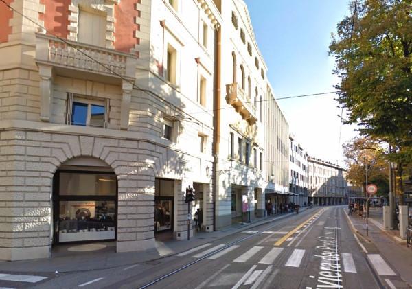 Negozio / Locale in affitto a Padova, 4 locali, zona Zona: 1 . Centro, prezzo € 4.200   Cambio Casa.it