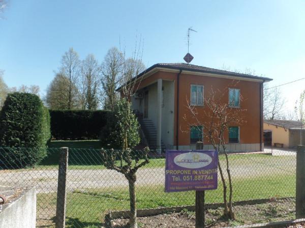 Soluzione Indipendente in vendita a Molinella, 6 locali, prezzo € 219.000 | Cambio Casa.it