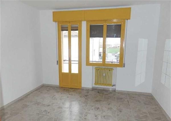 Appartamento in affitto a Molinella, 5 locali, prezzo € 400 | Cambio Casa.it