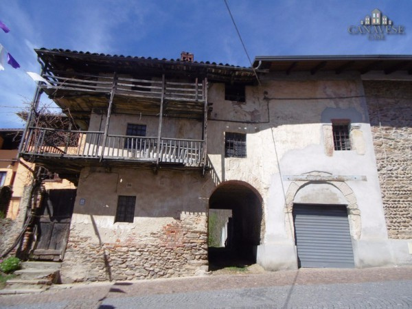 Rustico in Vendita a Colleretto Castelnuovo Centro: 5 locali, 135 mq