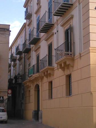 Bilocale Palermo Via San Nicolò All'albergheria 1