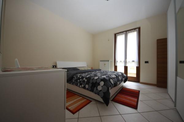 Bilocale Marone Via Borgo Nuovo 5