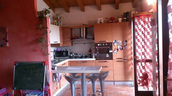 Appartamento in vendita a Boltiere, 3 locali, prezzo € 129.000 | Cambio Casa.it