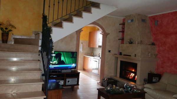 Villetta in Vendita a Correggio: 5 locali, 120 mq
