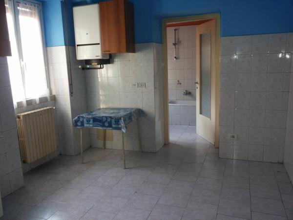 Bilocale Nova Milanese Via Assunta 3