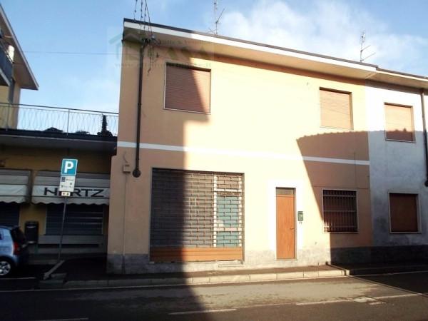Bilocale Marcallo con Casone Via Guglielmo Marconi 10