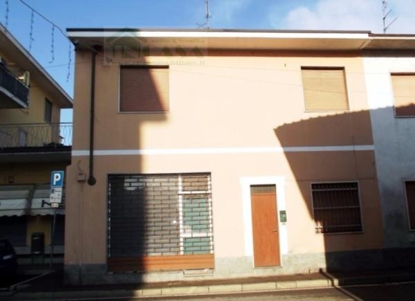 Bilocale Marcallo con Casone Via Guglielmo Marconi 9