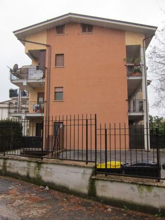 Bilocale Monterotondo Via Monti Sabini 12