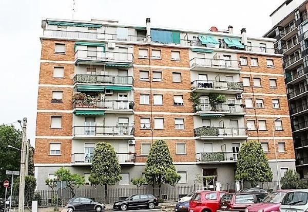 Bilocale Cinisello Balsamo Via Severino Villa 10
