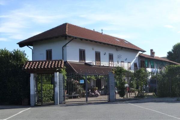 Villa in vendita a Caselle Torinese, 6 locali, prezzo € 218.000 | Cambio Casa.it
