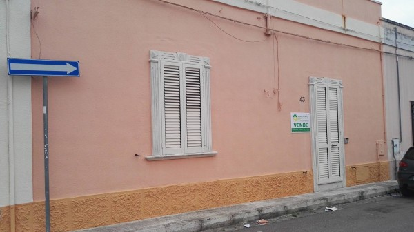 Bilocale Veglie Via Umberto Maddalena 2