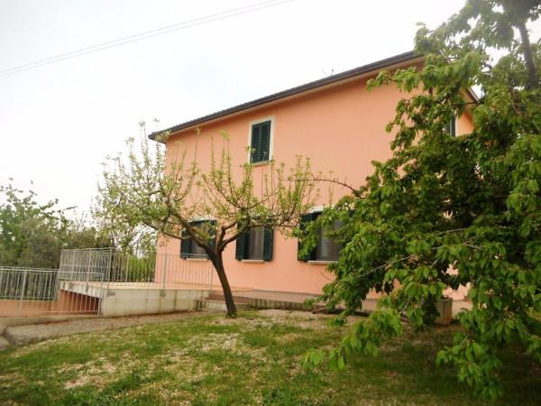 Villa in vendita a Montefalco, 6 locali, prezzo € 390.000 | Cambio Casa.it