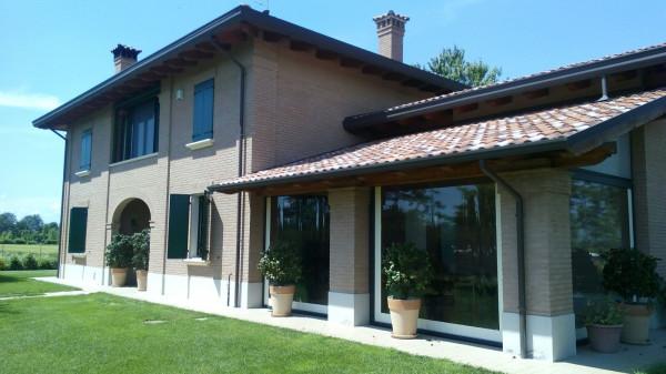 Villa in vendita a Castello d'Argile, 6 locali, prezzo € 650.000 | Cambio Casa.it