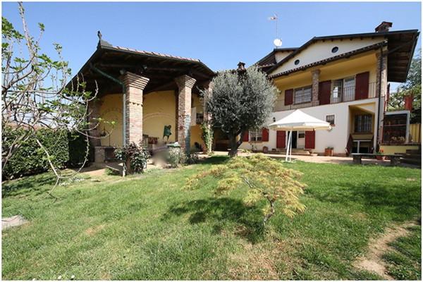Soluzione Indipendente in vendita a Chieri, 5 locali, prezzo € 445.000 | Cambio Casa.it