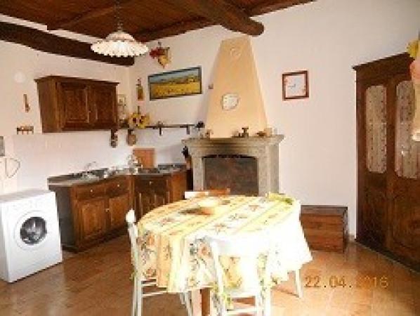 Bilocale Farnese Colle San Martino 2