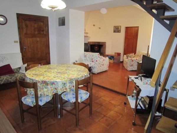 Appartamento in affitto a Colle di Val d'Elsa, 4 locali, prezzo € 550 | Cambio Casa.it