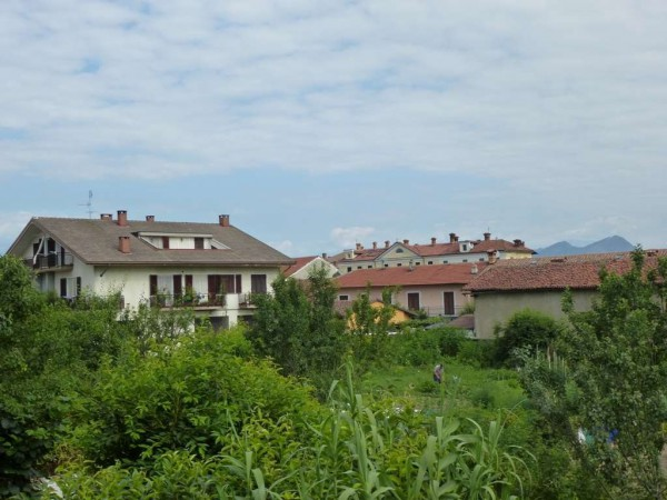 Bilocale Airasca Via Roma 7