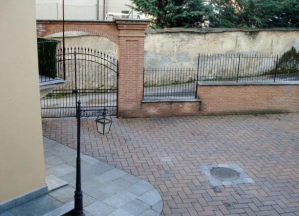 Bilocale Bibiana Piazza San Marcellino 7
