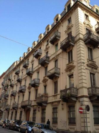 Bilocale Torino Via Vittorio Amedeo Ii 5