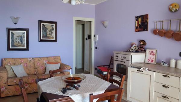 Appartamento in vendita a Govone, 2 locali, prezzo € 120.000 | Cambio Casa.it