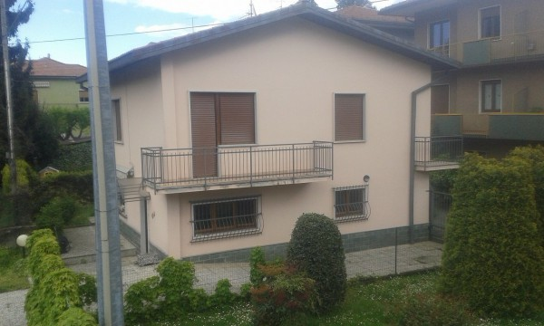 Villa in vendita a Arcisate, 4 locali, prezzo € 298.000   Cambio Casa.it