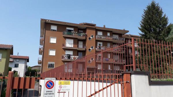 Appartamento in vendita a Arcisate, 2 locali, prezzo € 95.000 | Cambio Casa.it