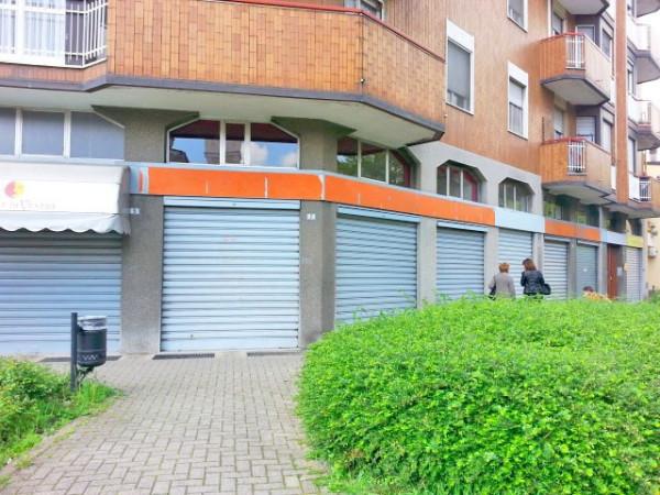 Negozio / Locale in affitto a Vanzago, 2 locali, prezzo € 700 | Cambio Casa.it