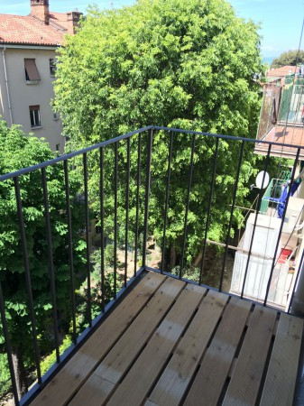 Bilocale Trieste Via Commerciale 1