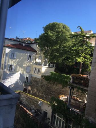 Bilocale Trieste Via Commerciale 12