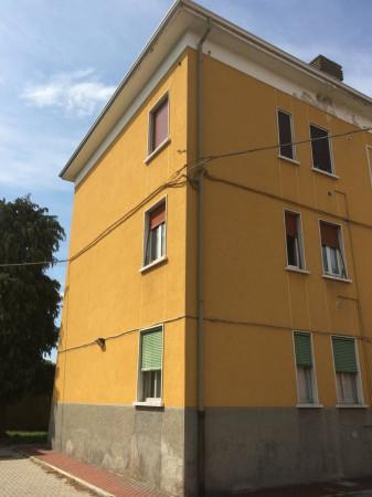 Bilocale Saronno Via Vecchia Solaro 3