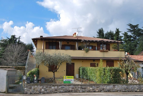 Bilocale Calvagese della Riviera Via Montesuello 1