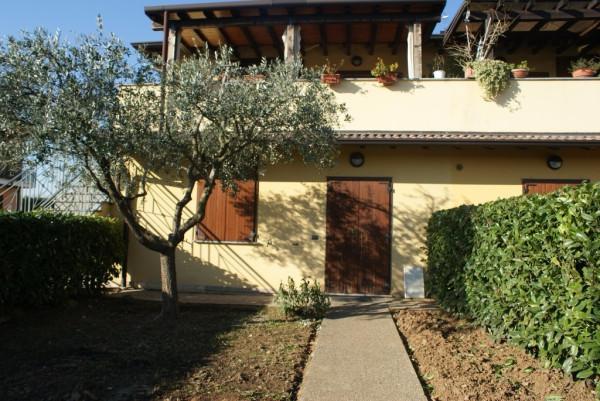 Bilocale Calvagese della Riviera Via Montesuello 10