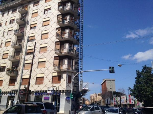 Bilocale Palermo Via Duca Della Verdura 9
