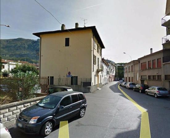 Bilocale Lecco Via Federico Borromeo 3