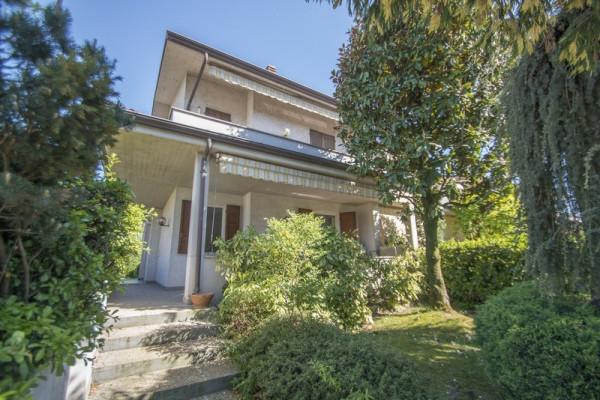 Villa in vendita a Castel San Giovanni, 6 locali, prezzo € 198.000 | Cambio Casa.it