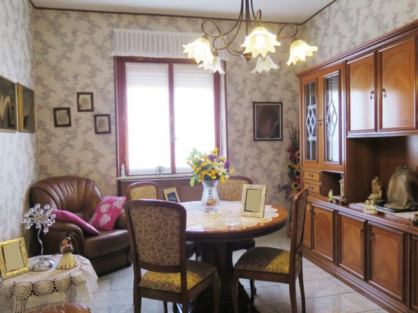Appartamento in vendita a Locate di Triulzi, 3 locali, prezzo € 158.000 | Cambio Casa.it