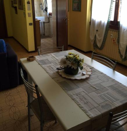 Bilocale Vimercate Via Brenta 12