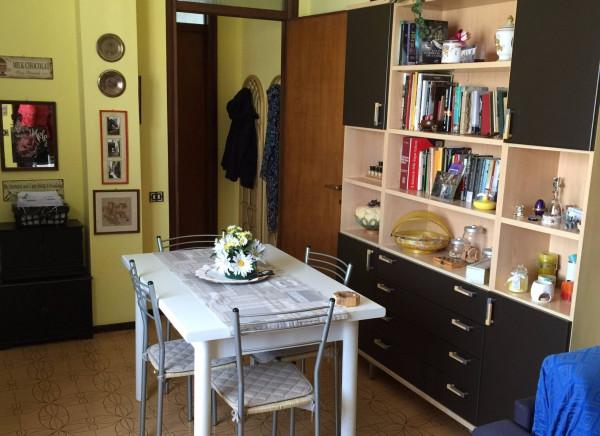 Bilocale Vimercate Via Brenta 13