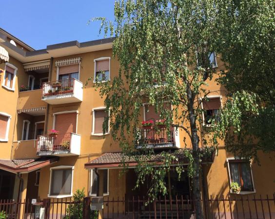 Bilocale Vimercate Via Brenta 4