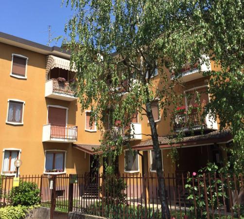 Bilocale Vimercate Via Brenta 5