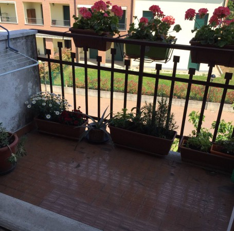 Bilocale Vimercate Via Brenta 8